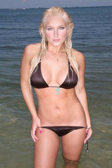 Brooke Hogan в бикини