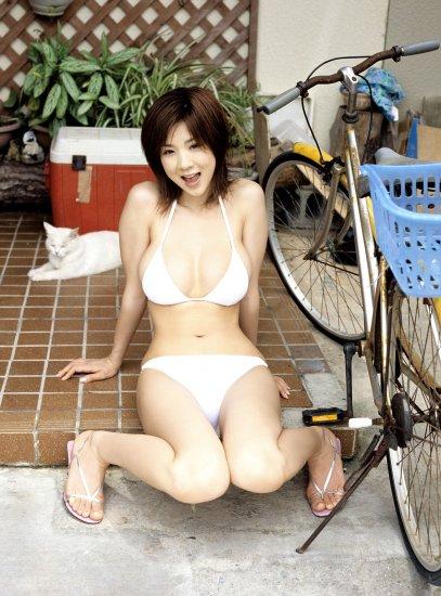 Aki Hoshino. ����� 7.