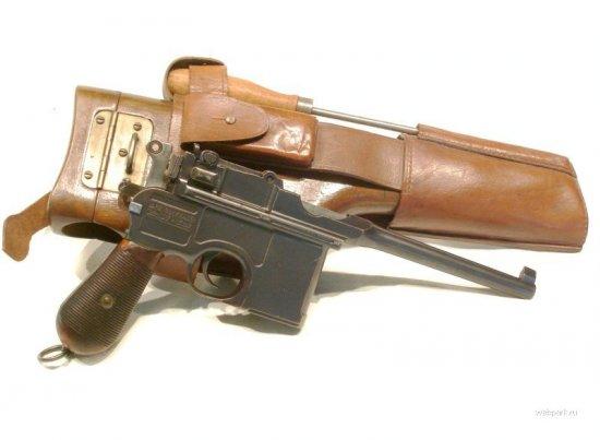 Как латыши пистолеты у всех англичан отобрали