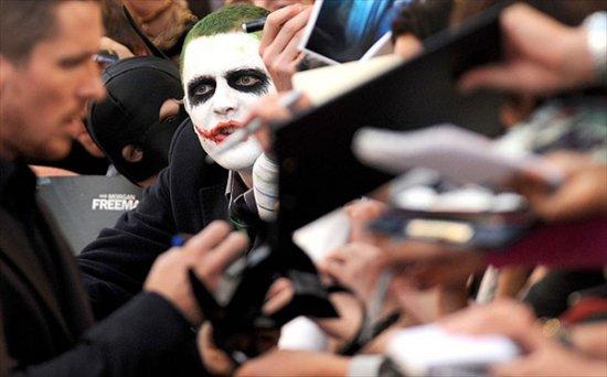 Ажиотаж вокруг фильма Темный Рыцарь (The Dark Knight)