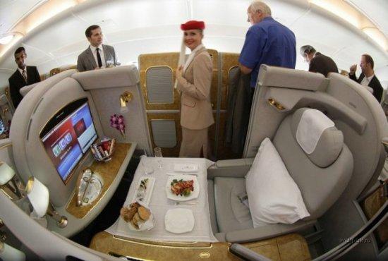 Airbus A380 снаружи и внутри