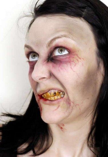 Зомби-дамочка желает познакомиться (17 фото)