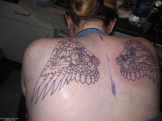 Татуировки в виде крыльев