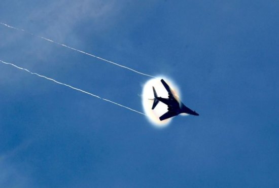 Самолеты.
