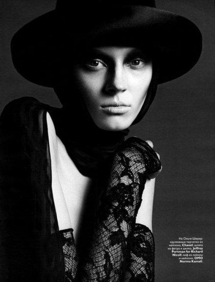 Русский Vogue устроил юбилейный парад славянок