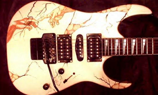 Эксклюзивные гитары и немного обоев