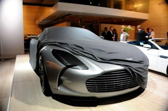 Парижский автосалон 2008: Aston Martin One-77
