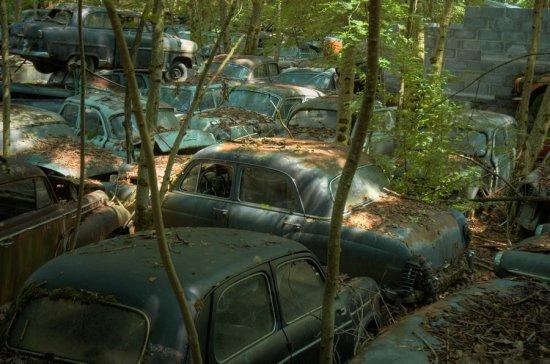 Машины ушли в партизаны