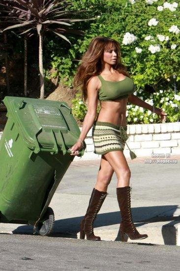 Правильно выносим мусор
