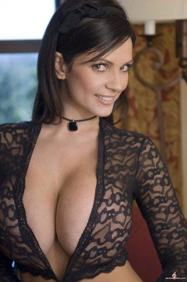 Denise Milani. Часть 4