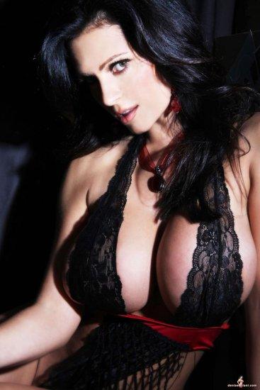 Denise Milani. Часть 6