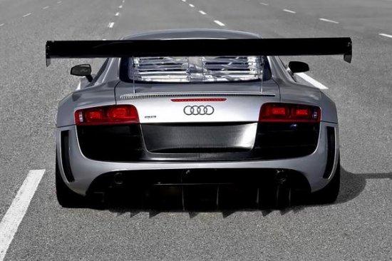 Audi ����������� � ������ �������� ������� ��������� R8