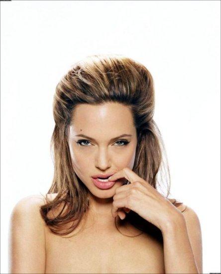 Фанатам Angelina Jolie посвящается