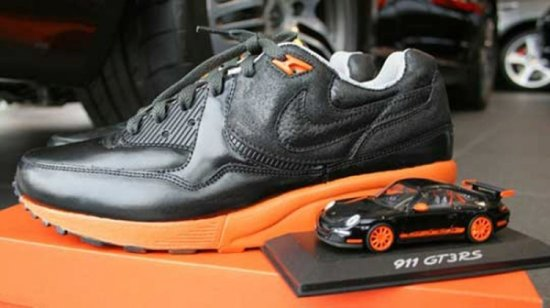 Кроссовки Nike Air Max Light GT3 RS для Porsche