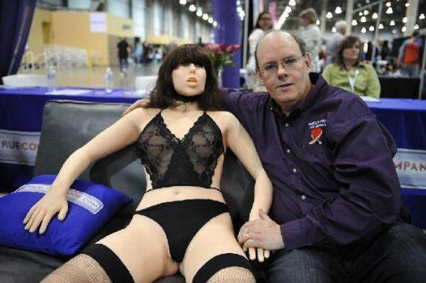 Изобретен первый в мире секс робот